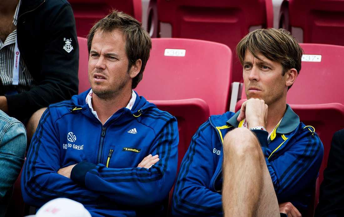 Mikael Tillman, till höger, med Magnus Norman som tränar Stanislas Wawrinka.