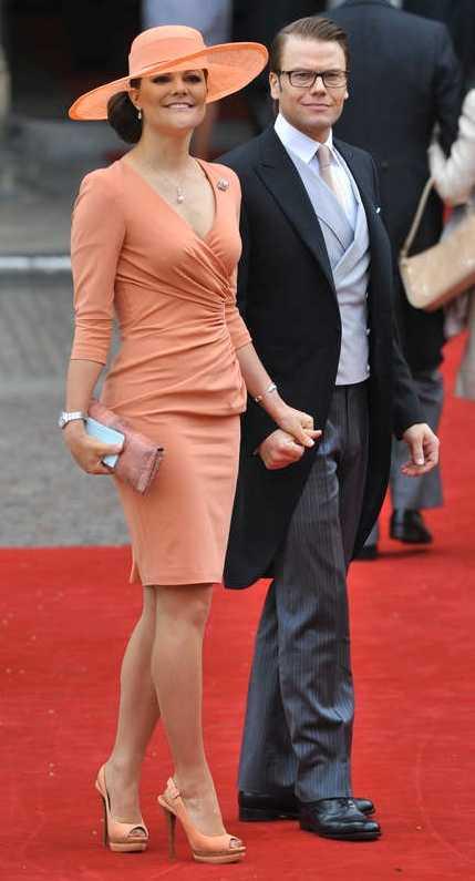 Victoria och prins Daniel på det brittiska bröllopet.