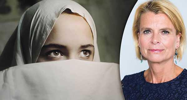 Regeringen bjuder in övriga riksdagspartier förutom Sverigedemokraterna för ett möte den 17 februari för att diskutera lagstiftningen och berörda myndigheters arbete i frågan kring barnäktenskap., skriver Åsa Regnér.