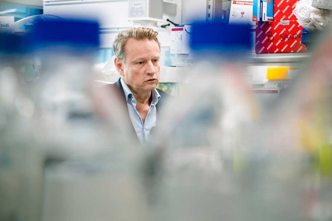 Matti Sällberg, professor och vaccinforskare på Karolinska institutet, är positiv till den nya antikroppen.