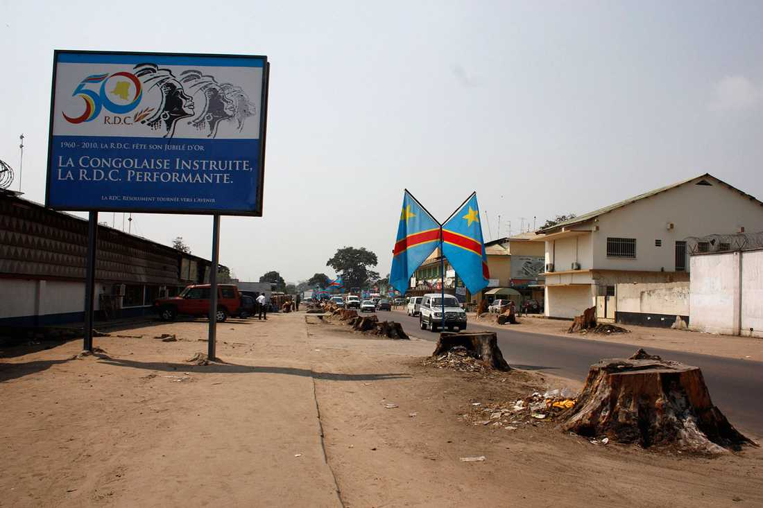 VÄRLDENS FATTIGASTE STAD Demokratiska republiken Kongo har världens lägsta BNP och i huvudstaden Kinshasa lever många på under en dollar/dag (sju kronor).