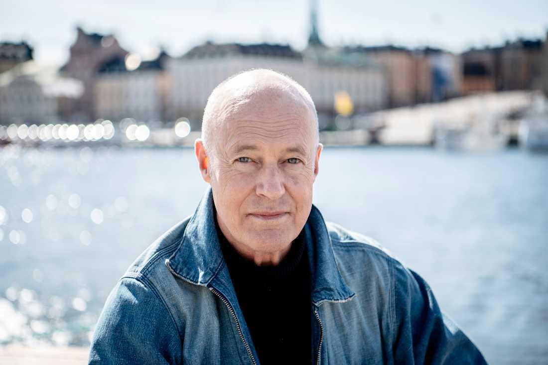 """Stefan Sauk berättar om sin cancerdiagnos i nya tv-podden """"I huvudet på Stefan Sauk"""""""
