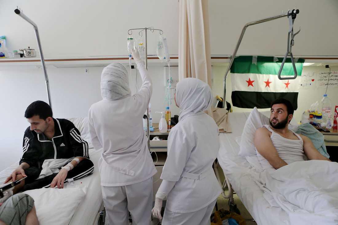 Flyktingar på sjukhuset.
