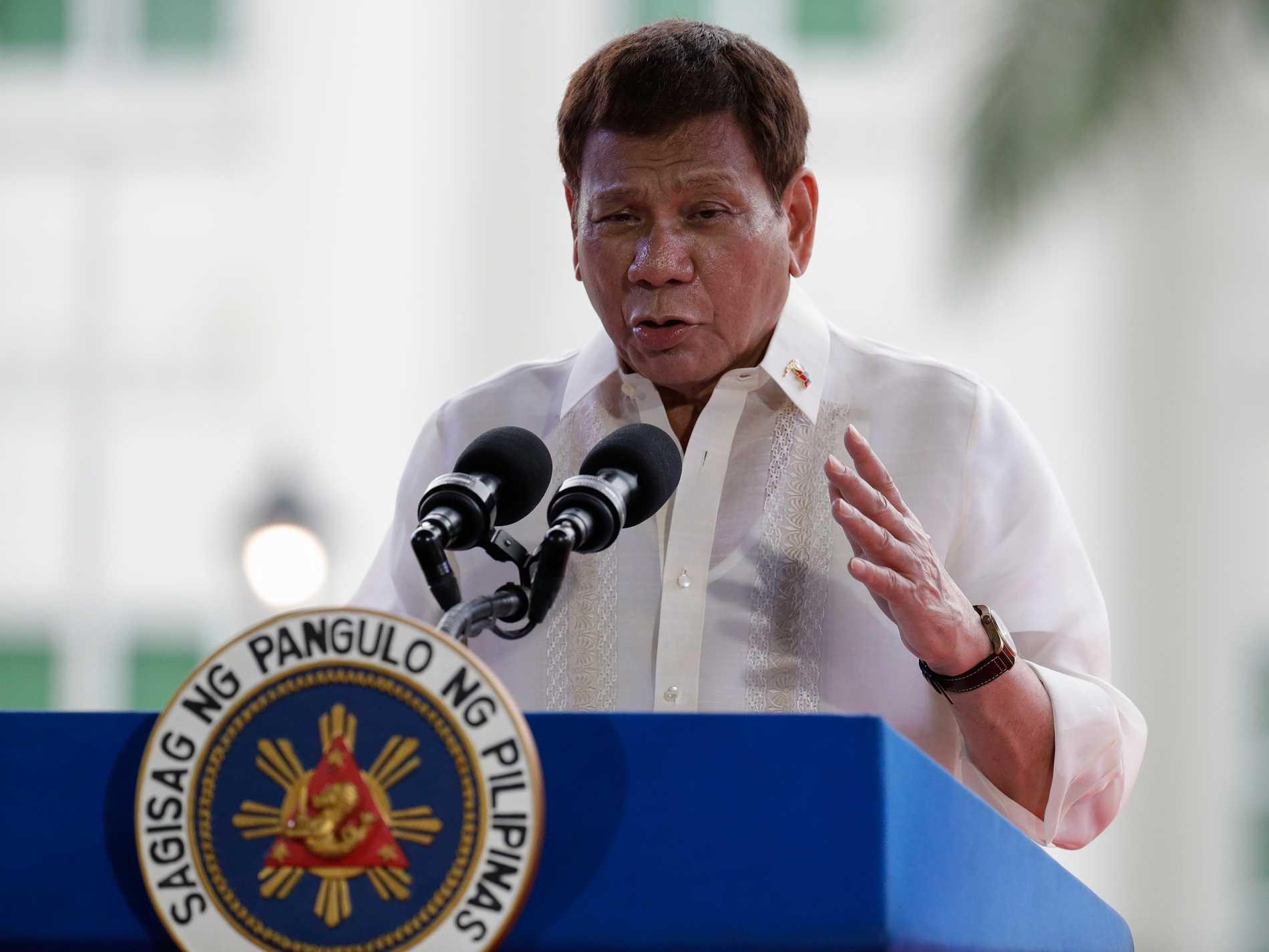 Filippinernas president Rodrigo Duterte irriterar sig på dem som inte vaccinerar sig mot covid-19. Arkivbild.
