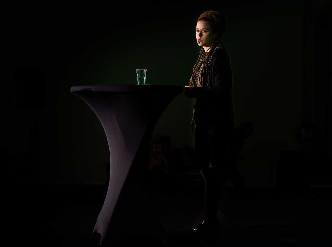 Miljöpartiets kommun- och landstingsdagar i Sundsvall. Partisekreteraren Amanda Lind.