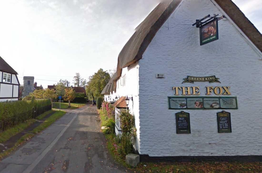 Lokala puben The Fox Inn i Denchworth. Lyckas byborna tappa tio procent av sin vikt mellan 1 juni och 1 augusti så får de 50 brittiska pund (motsvarande drygt 600 kronor) i belöning.