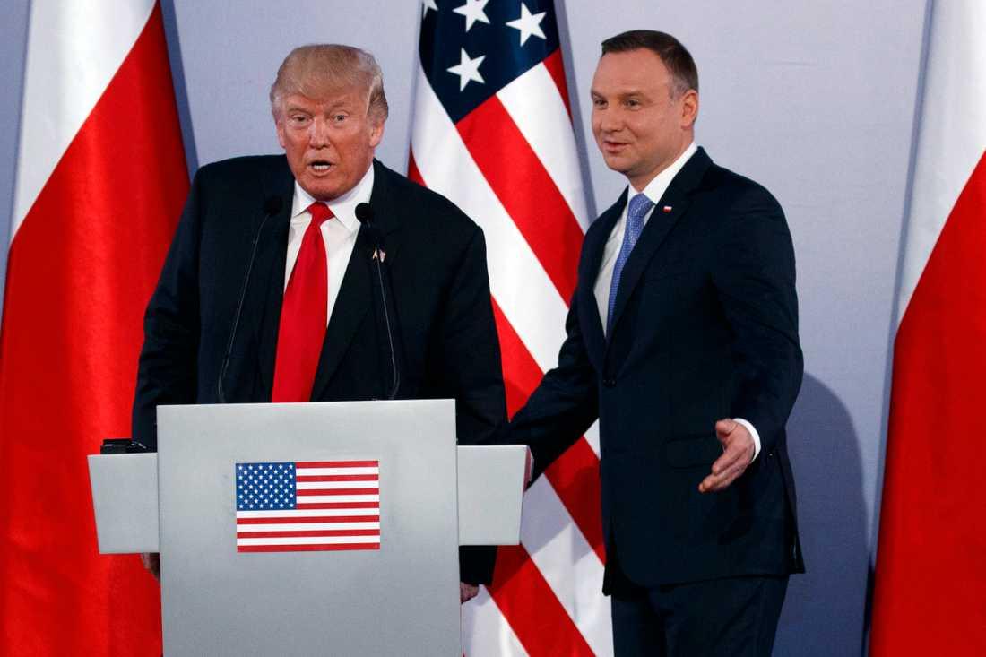 Donald Trump med Polens president Andrzej Duda i Warszawa 2018.