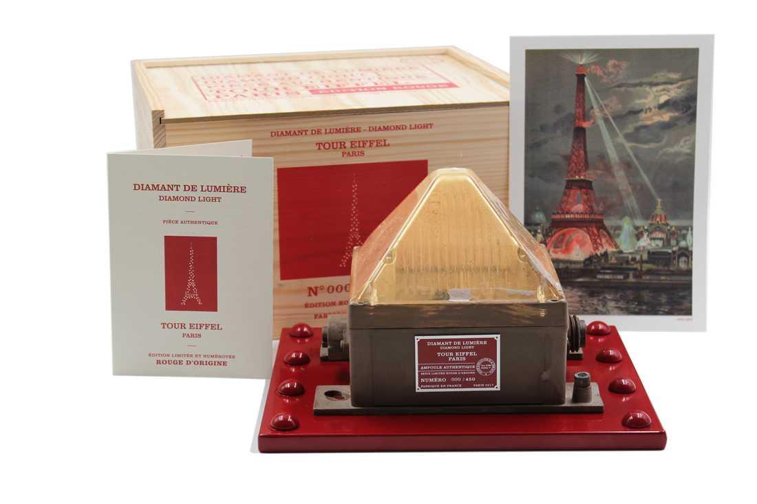 540 euro kostar paketet Diamant de lumière och då ingår frakt till hela världen.