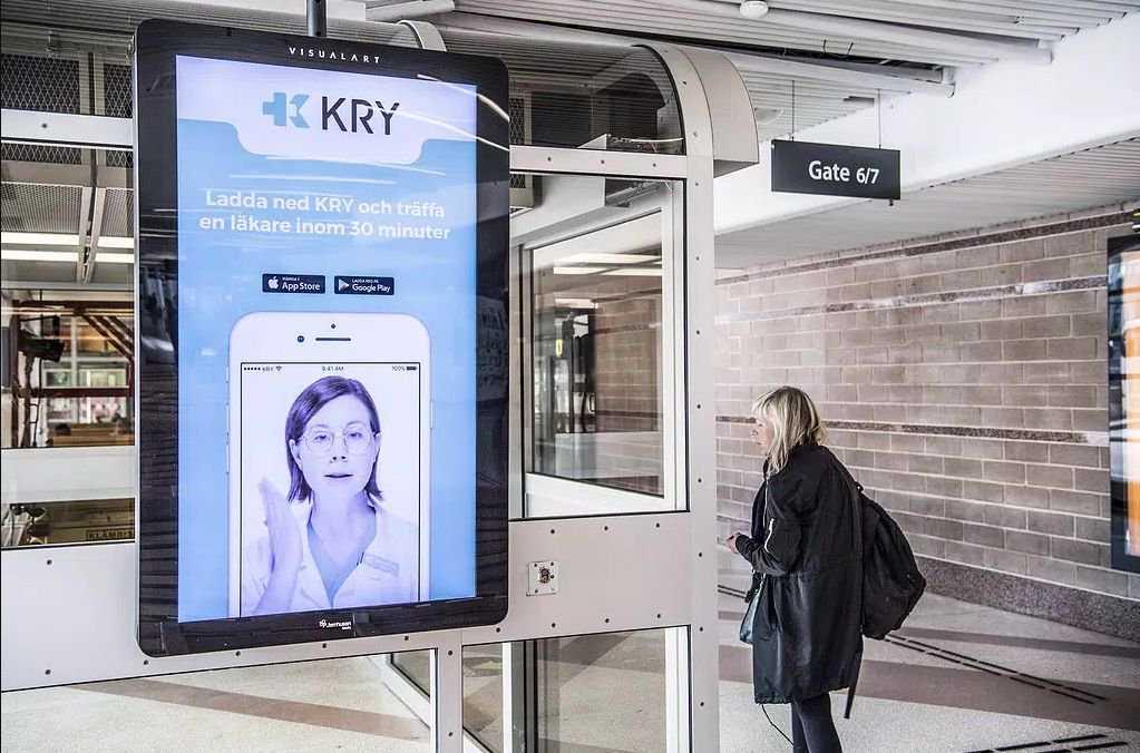 Genom att ta över privata vårdcentraler i Södermanland kan appläkare erbjuda alla svenskar kostnadsfria besök via nätet.
