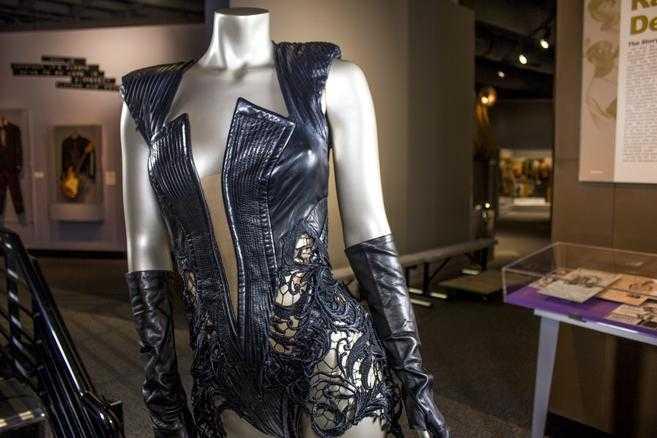 """Den outfit som Beyoncé bar när hon gjorde sitt framträdande under 2013 års """"Super Bowl""""."""