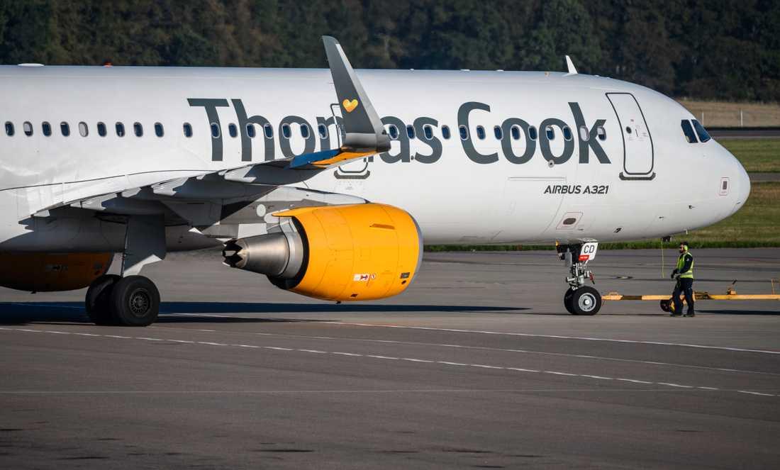 Resebolaget Thomas Cook, som bland annat flyger från  Malmö Airport/Sturup och Kastrup i Köpenhamn har blivit försatt i konkurs.