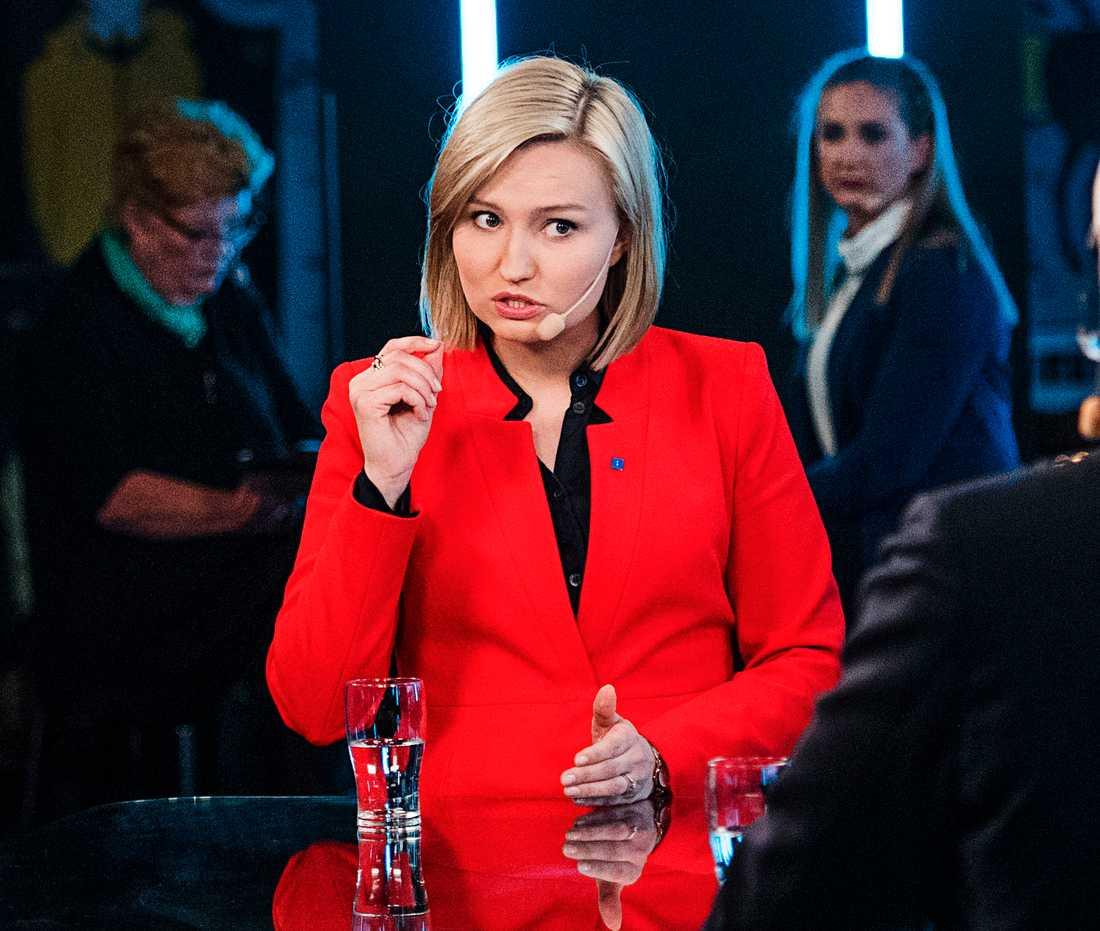 KD:s partiledare Ebba Busch Thor grillades i Partiprogrammet.