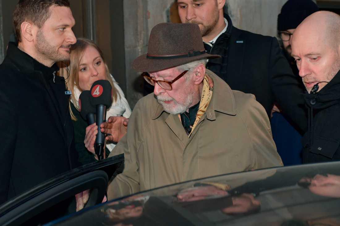 """Akademieledamoten Göran Malmqvist tycker att det vore """"galet"""" att stoppa Nobelpriset."""