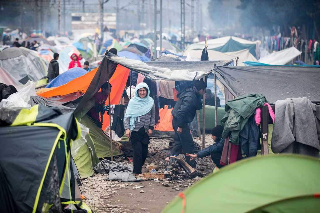 Flyktingar vid Idomeni.