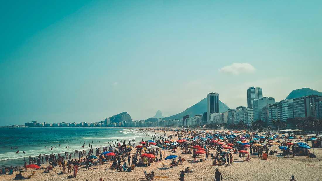 Den som besökt Brasilien bör testa sig och undvika kontakter med andra. Arkivbild.