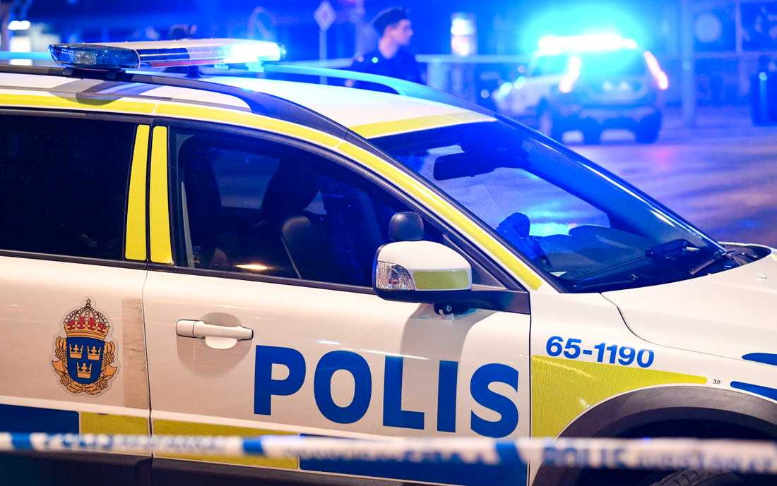 En man som stod med ett luftvapen i sitt fönster i centrala Stockholm orsakade stort polispådrag. Arkivbild.