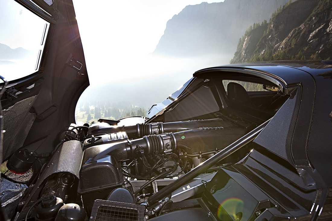 New Stratos har en V8...