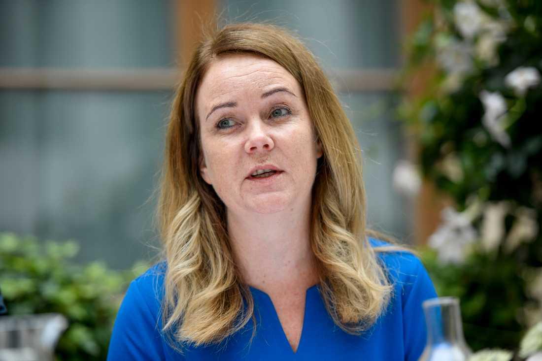 Landsbygdsminister Jennie Nilsson (S) vill göra information om köttursprung till kroggäster obligatorisk.