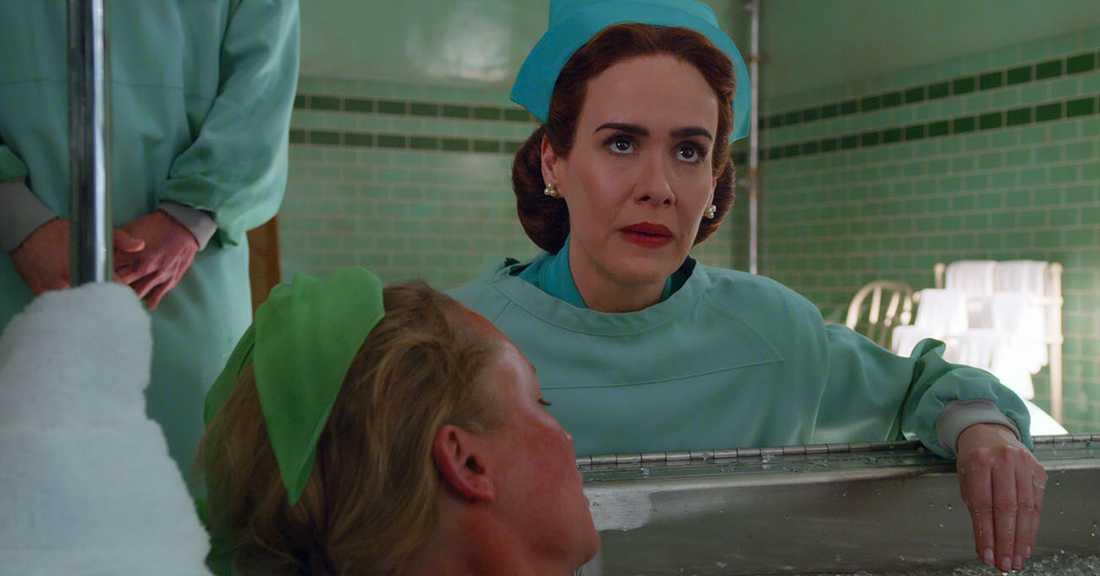 """Ratched"", där ""Gökboets"" nurse Ratched (Sarah Paulson) får en historia, har just haft premiär på Netflix."