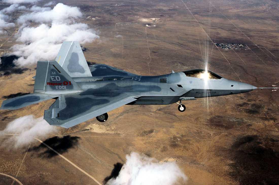 F-22 Raptor Det amerikanska stealth-planet har för första gången använts skarpt i offensiven mot Islamiska staten. Det är ännu oklart exakt vilka plan som USA använt i bombningen av Tikrit.