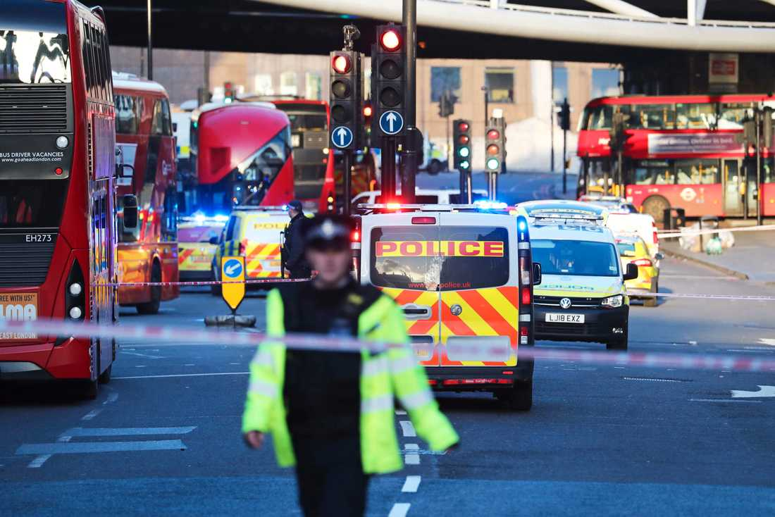 Polisinsatsen vid London Bridge.