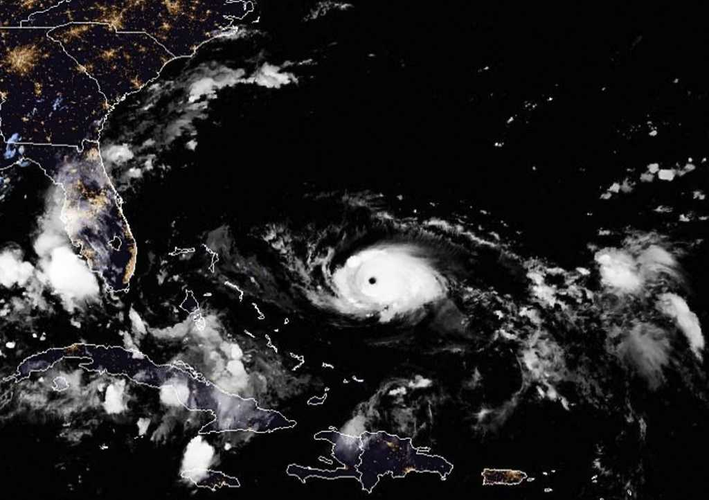 Orkanen Dorian närmar sig USA:s östkust.