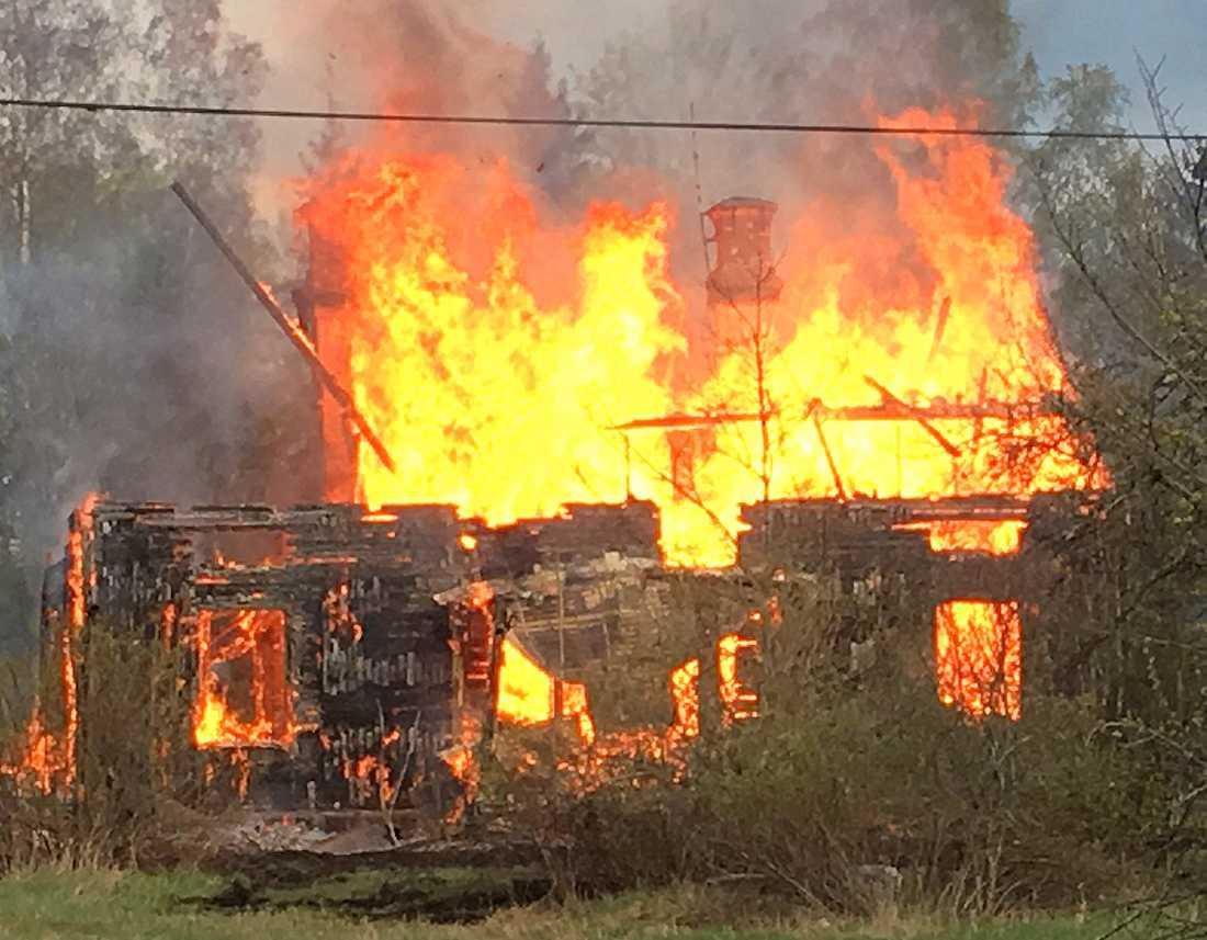 Brand i Märsta i närheten av Arlanda.