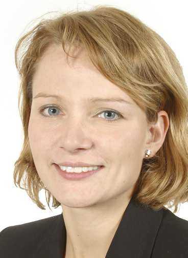 Teres Lindberg, borgarråd, uppmanade Billström att avgå.
