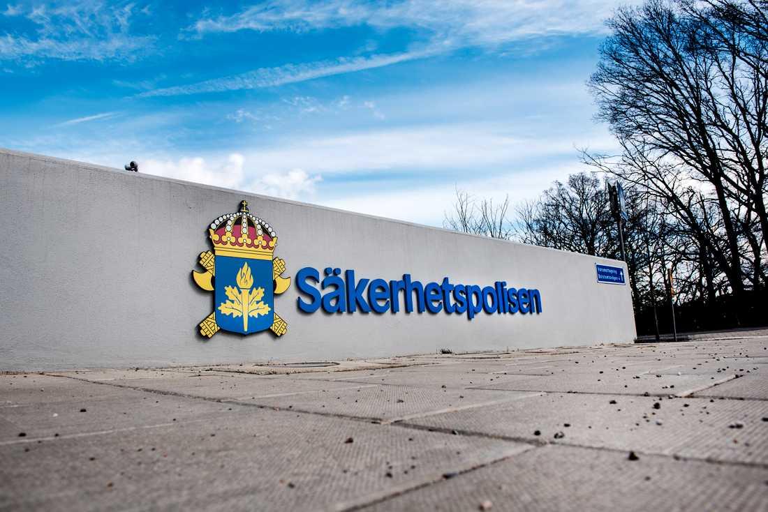 Många av de händelser som Säpo undersöker och utreder kräver att abonnent-, trafik- och lokaliseringsuppgifter sparas längre tid än vad den nya lagen innebär, enligt Johan Olsson, operativ chef vid Säkerhetspolisen. Arkivbild