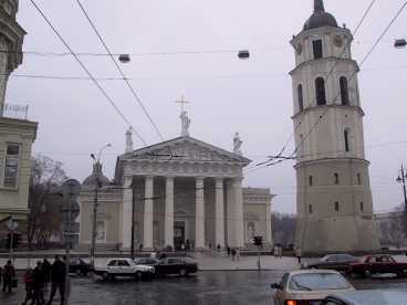 Huvudstaden Vilnius ligger tio mil från Kaunas.