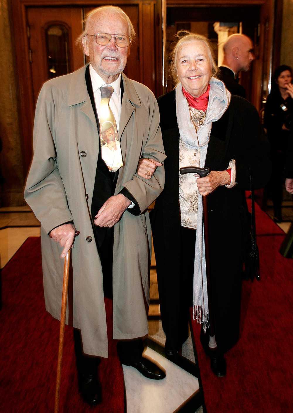 Tillsammans med Nils Ivar Sjöblom när Oscarsteatern firade sitt 100-års jubileum.