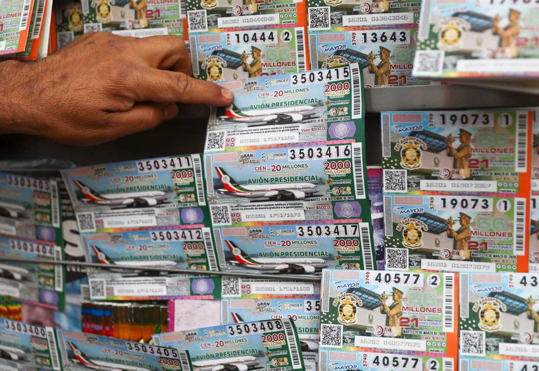 Prispengarna i lotteriet uppgår nästan till samma värde som det oönskade presidentplanet, enligt regeringen i Mexiko.