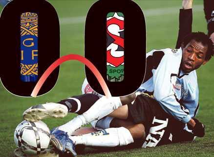 NEDTRYCKT Örebro blev mållöst i comebacken till allsvenskan – precis som Sportbladets Peter Wennman förespått. Här trycker Gefles Makondele ner en ÖSK:are.