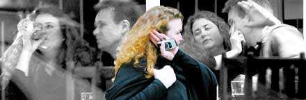 """""""Hon var jävligt glad i hatten"""" I tisdags kom ett dråpslag för numera ex-statssekreteraren Ulrica Schenström: en hårt pressad Anders Pihlblad bekräftar i TV 4 att hon var berusad på krogen. Och han beskriver händelsen som att Schenström var """"jävligt glad i hatten"""". Notan? 945 kronor."""