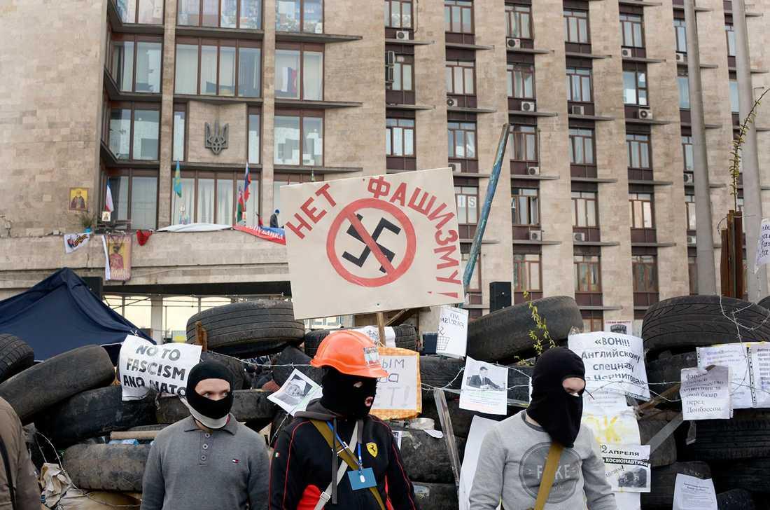 Proryska demonstranter i Donetsk.