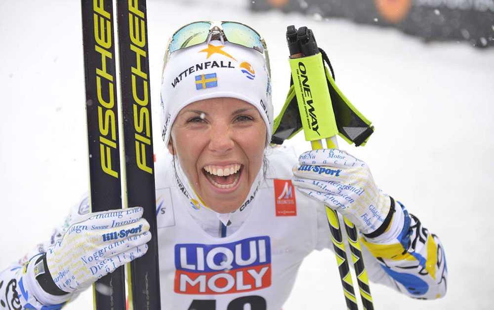 Karriärens första VM-guld kom under VM på hemmaplan. Falun 2015, när hon utklassade allt motstånd på 10 km fritt.