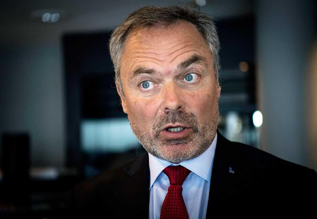 Jan Björklund (L) har kommenterat turbulensen i en intervju med TV4.