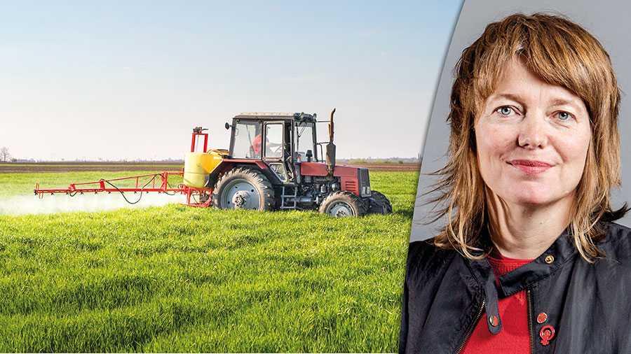 Nu är det upp till bevis, KD, M, C och L. Vill ni ha en jordbrukspolitik som fortsätter att skada klimatet och den biologiska mångfalden eller är ni redo att äntligen tänka om? skriver Malin Björk.