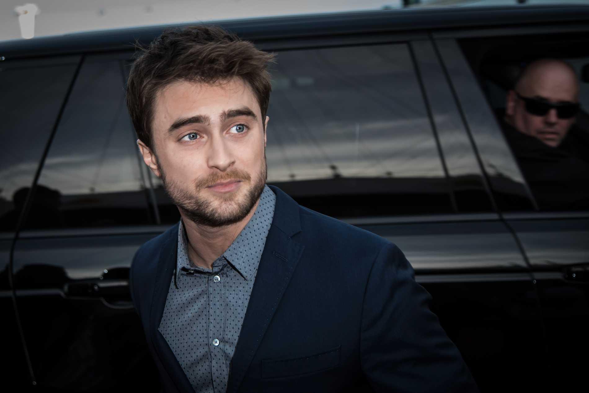 Daniel Radcliffe, 31, som spelade Harry Potter i filmerna, var först med att ta avstånd från författaren som lagt grunden för hans karriär och enorma förmögenhet.