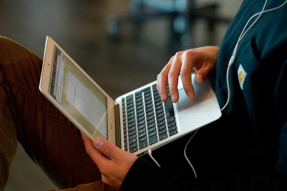Lärare kan ta hjälp av en ny sajt från RFSU för att lägga upp undervisningen i bland annat sex och samlevnad. Arkivbild.