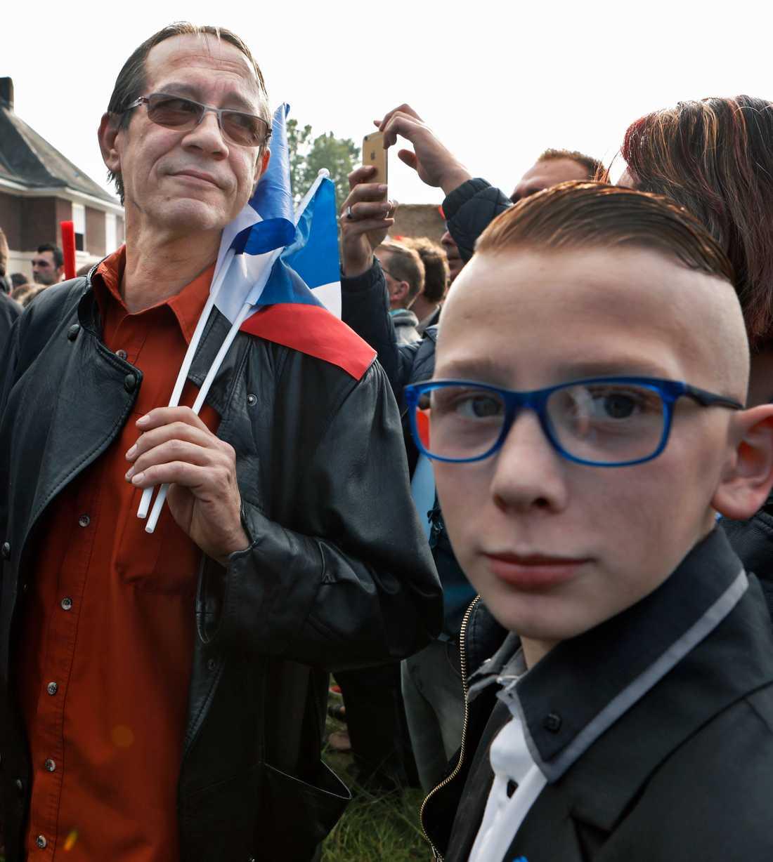Jean-Paul Canjo och hans son Pierre på Marine Le Pen valmöte