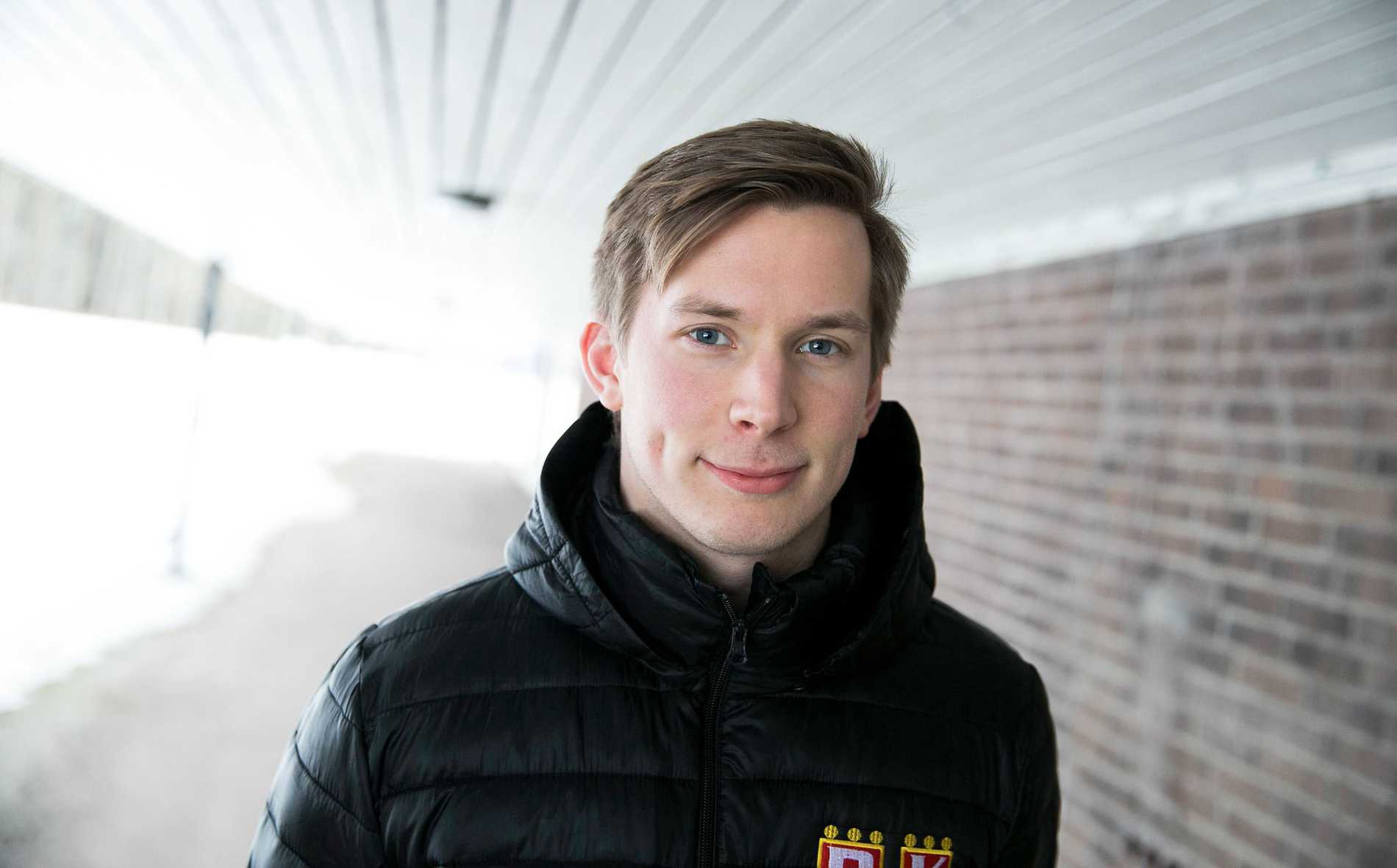 Fredrik Bergqvist, handbollsspelare som spelar med pacemaker.