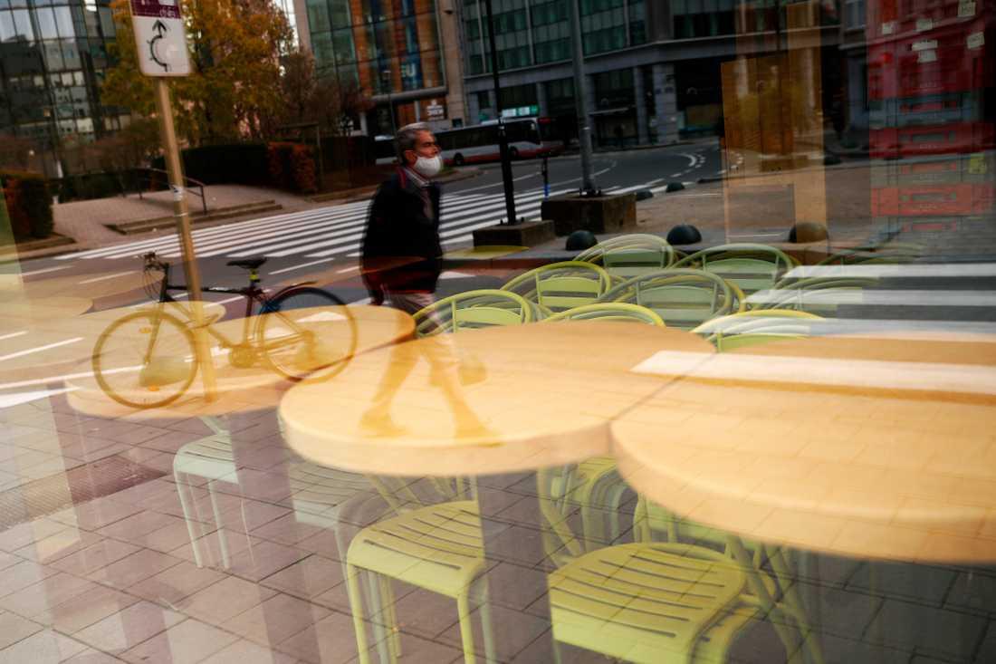 Sedan den 19 oktober i fjol har Belgiens restauranger och caféer bara fått hålla öppet för avhämtning. Nu väntas kunder åtminstone på uteserveringarna från den 8 maj. Arkivbild.