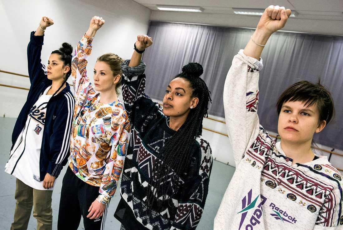 Föreningen Fatta gjorde stort avtryck i kampen för en samtyckeslag. Här med medlemmar inför en föreställning 2015.