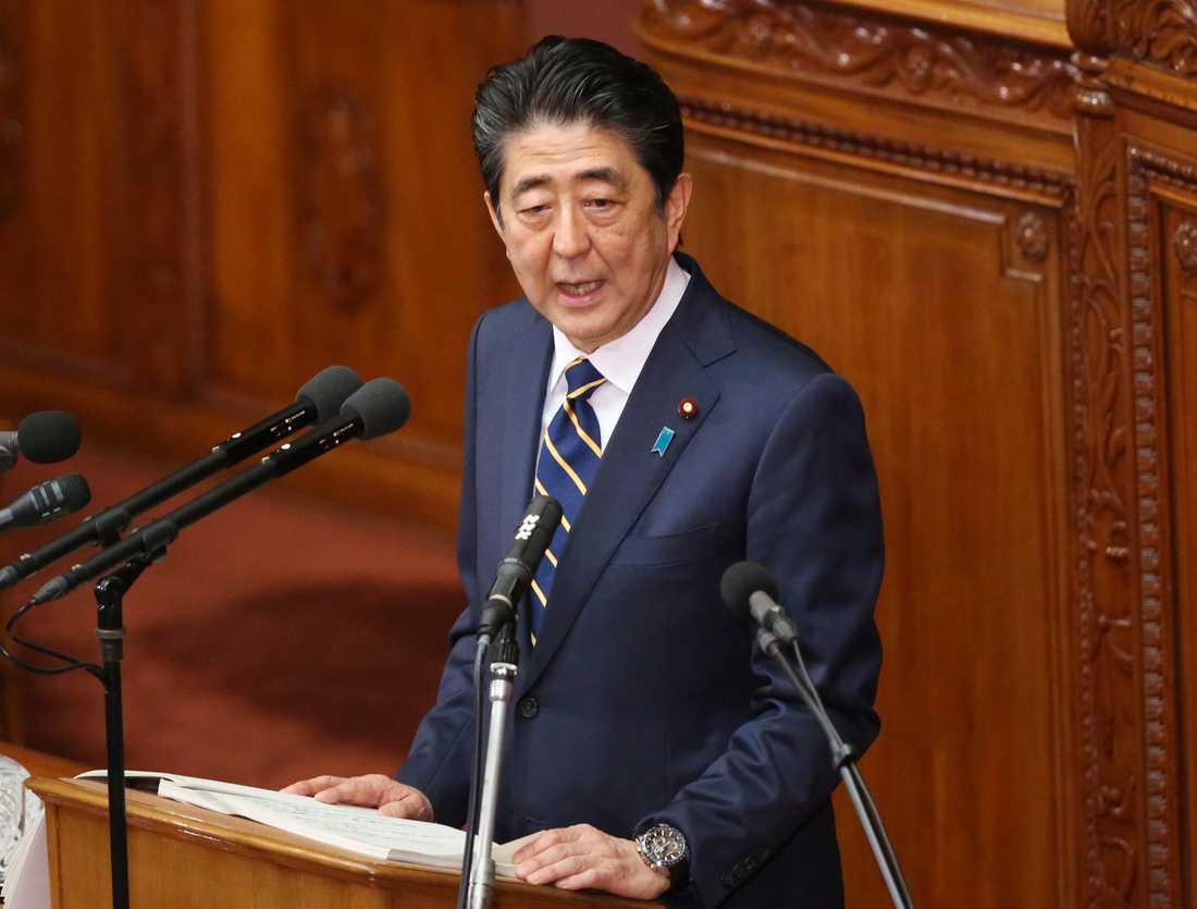 Shinzo Abe lovade att förbättra Japans diplomatiska relationer med Nordkorea vid ett tal i parlamentet.