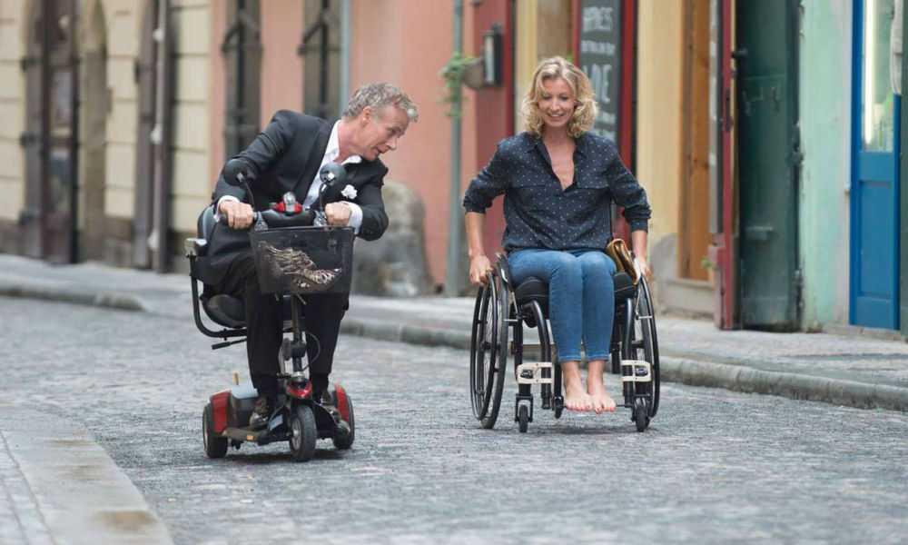 """Franck Dubosc och Alexandra Lamy i """"Kärlek på hjul""""."""