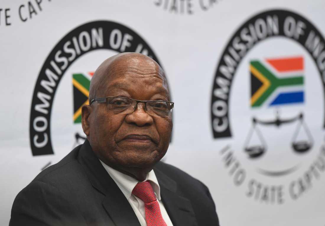 Sydafrikas expresident Jacob Zuma vittnar inför den statliga kommissionen.