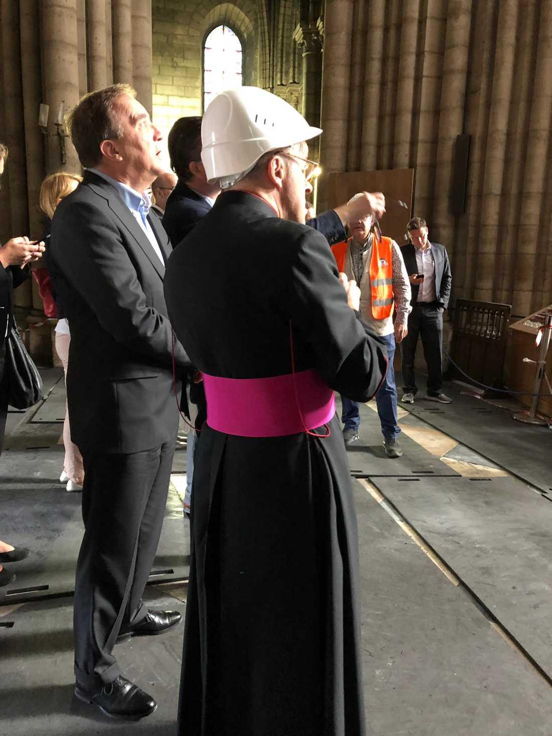 Sveriges statsminister Stefan Löfven besökte Notre-Dame.