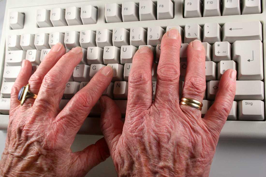 Det är dags att sluta mobba den äldre arbetskraften.