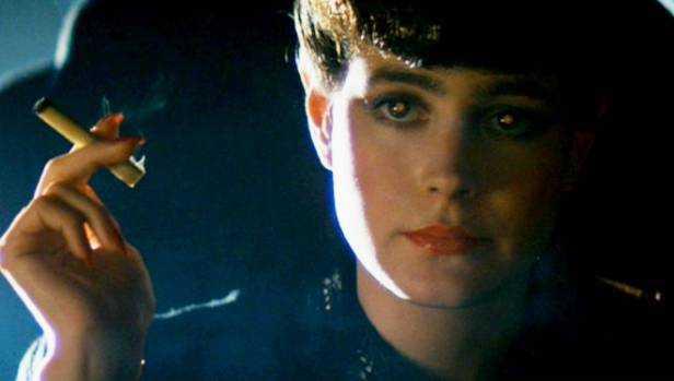 Sean Young som Rachel i filmen Blade Runner.